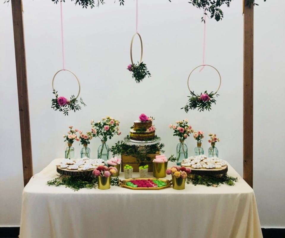 alquiler de mobiliario para bodas dulces