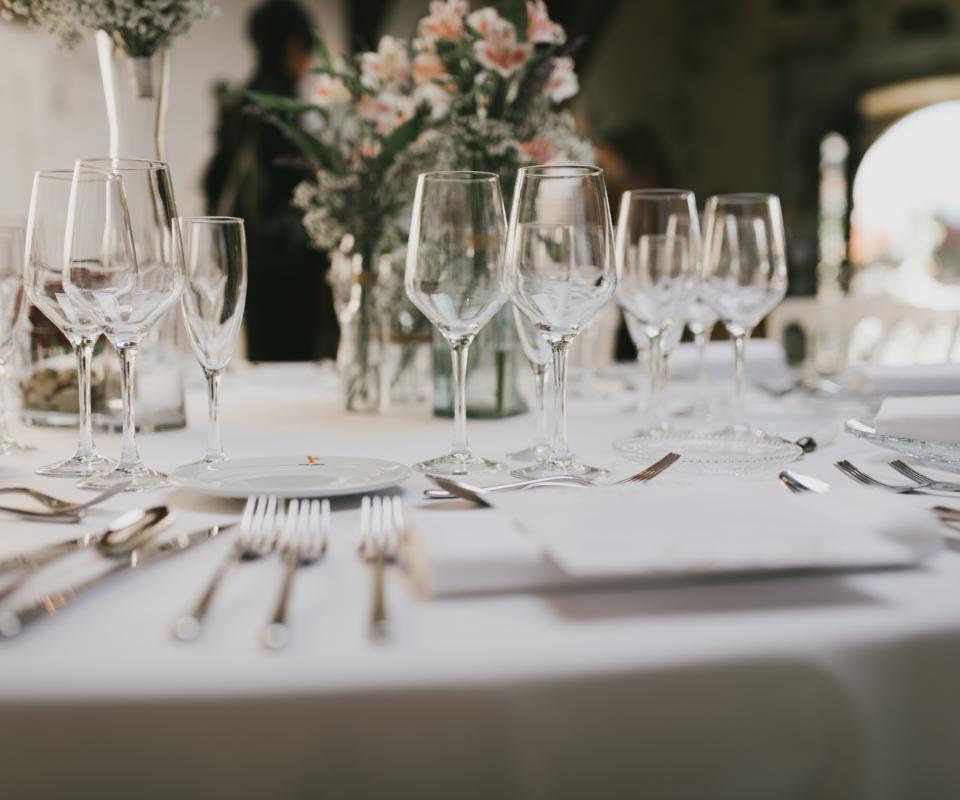 Alquiler de menaje para eventos y bodas