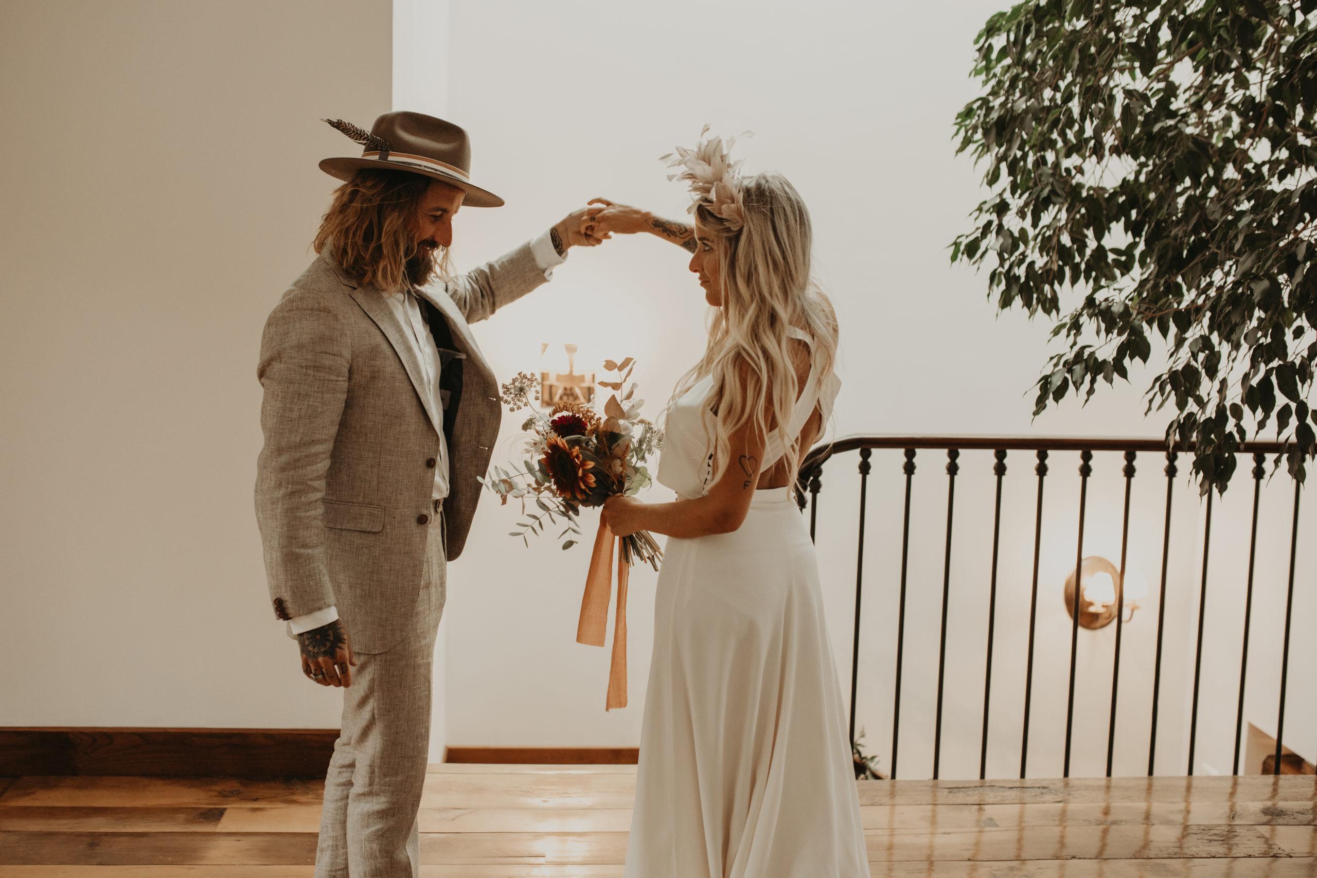Encuentro pareja el día de su boda