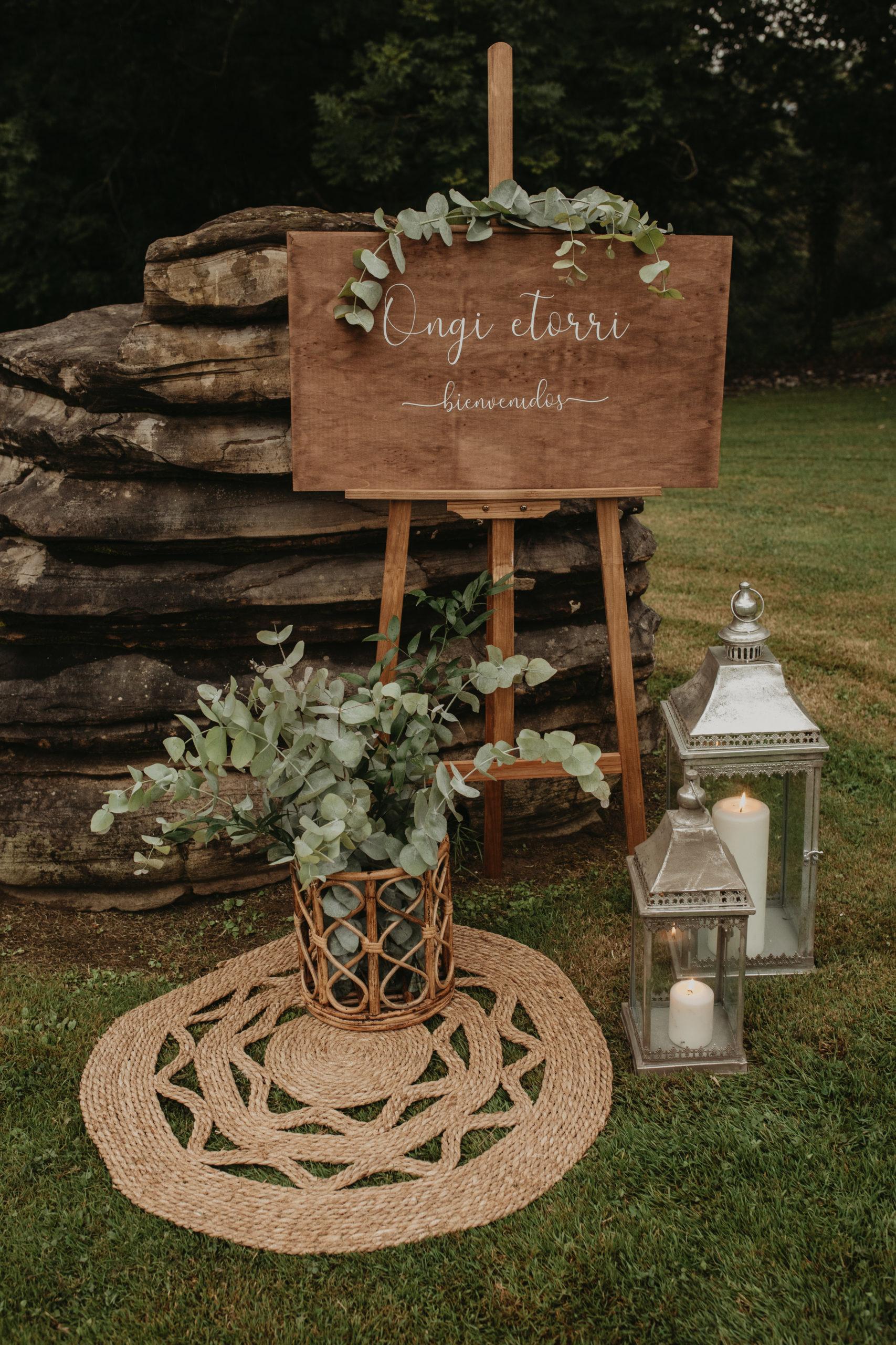 Rincón de bienvenida para bodas o eventos